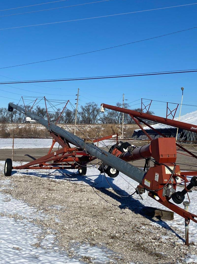 Hutchinson 10x62 Used Auger
